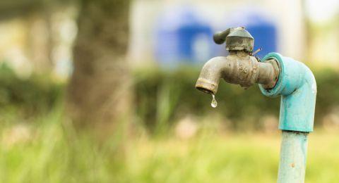 الأحد صباحا، انقطاع بتزويد المياه في بلدة الرينة بسبب أعمال تعقيم وتطهير بركة المياه