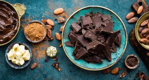 الشوكولاتة تقلل خطر اضطرابات القلب