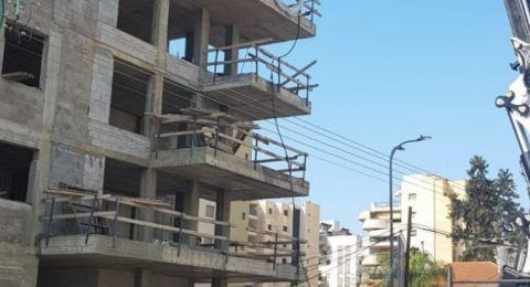 العفولة: اصابة خطيرة لعامل من جنين (24 عاما) جراء سقوطه من علو 7 طوابق