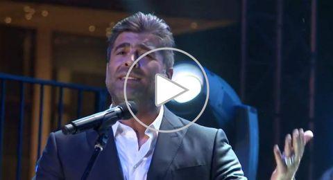 رقص وغناء.. هكذا أشعل وائل كفوري مسرح دبي