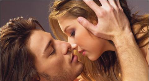 الفوائد الصحية للقبلة الزوجية!