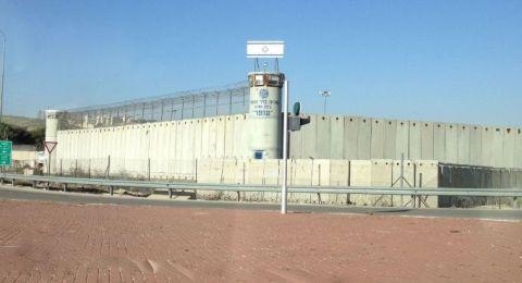 في عيد الأم: : (79) ابناً وابنة تحرمهم سلطات الاحتلال من أمّهاتهم المعتقلات