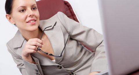 العلماء يُحذّرون من مخاطر العمل الليلي على النساء!