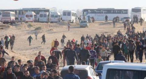 13 اصابة اثر قمع الاحتلال للمتظاهرين على الحدود الشمالية والشرقية لغزة