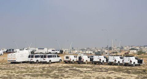 قوات كبيرة تقتحم رهط لهدم 7 منازل .. ودعوات لوقفات احتجاجية ضد الهدم الخميس والجمعة