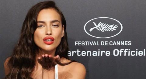 صديقة رونالدو السابقة تلفت الأنظار بـ «فستان شفاف» في مهرجان كان