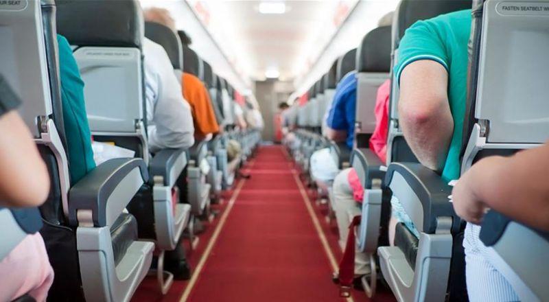 تعرف إلى أفضل مكان بالطائرة لتجنب الإصابة بـ