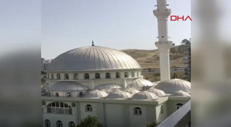 مساجد تركية تبث أغنية إيطالية شهيرة في نهار رمضان بدل الأذان