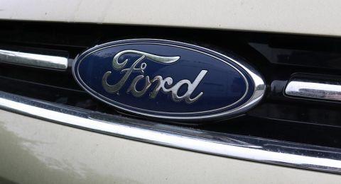 فورد تسحب 300 سيارة من الأسواق