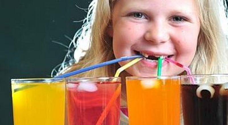مشروبات تسبب اضرار على صحة الأطفال