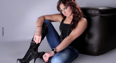 منة جلال: هاني رمزي ساندني بفيلم