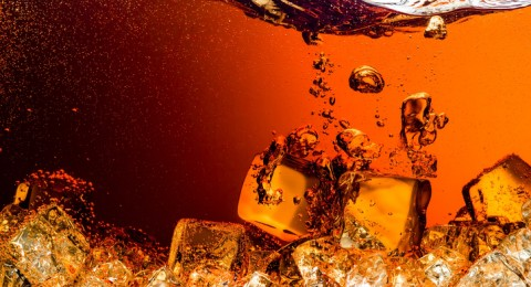 ما هي أضرار ومخاطر المشروبات الغازية؟