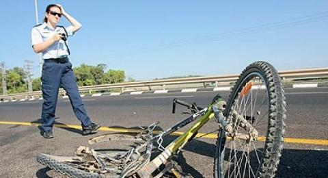 بيت شيمش: مصرع راكب دراجة هوائية بحادث طرق