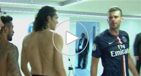 برانداو يعتدي على تياجو موتا وينطحه في أنفه