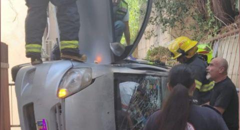 اصابتان في حادث انقلاب سيارة بالقرب من يكنعام