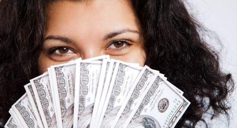 وفقًا لبرجكِ.. كيف تدّخرين الأموال؟