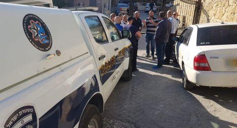 البعنة: اصابتان احداهما بالغة لمشتبهين حاولا سرقة سيارة