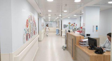 افتتاح صف تعليمي للمتعالجين في قسم جراحة الأطفال في مستشفى الناصرة الانجليزي بإدارة مدرسة سوا للتعليم الخاص