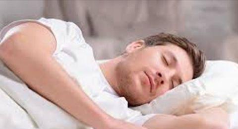مشكلة يعاني منها كثيرون.. والنوم العميق هو الحل!