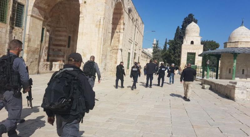 الاوقاف تستنكر الاقتحامات الصهيونية المتواصلة بحق القدس والأقصى