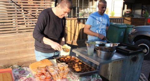 فيديو: كفرقرع، أجواء رمضانية خاصة في اليوم العاشر وحركة تجارية نشطة