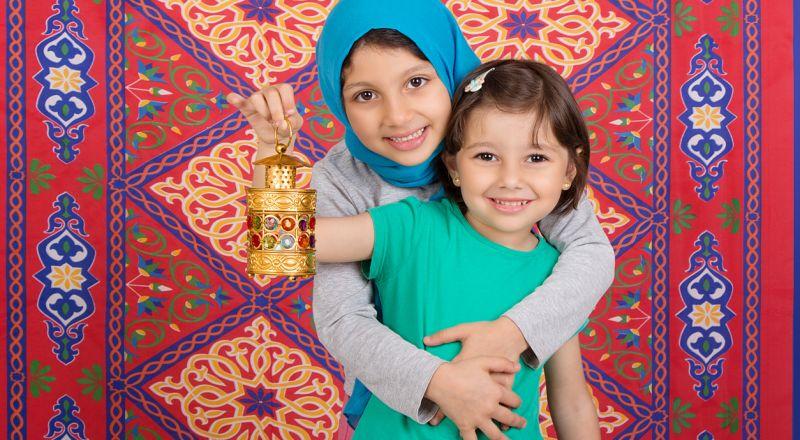 حيل بسيطة وفعالة لتدريب طفلك على صيام رمضان!