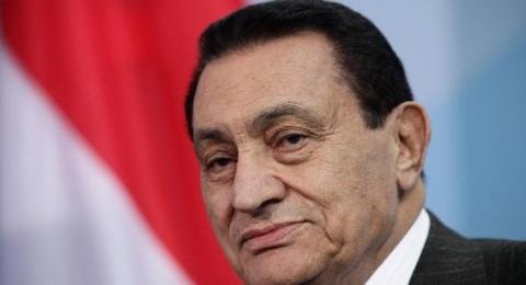 مصر: سجن حسني مبارك 3 سنوات ونجليه 4 سنوات
