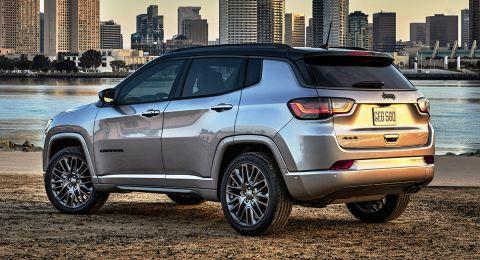 Jeep تغزو أسواق العالم برباعية دفع مميزة