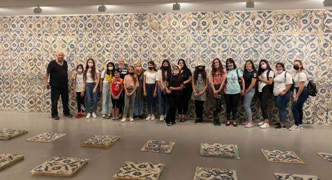 طلاب طمرة  وقلنسوة بزيارة لمتحف تل ابيب