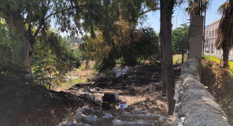 حيفا: إحراق مقبرة الاستقلال .. واعتقال مشتبه