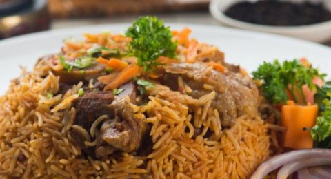 اليكم طريقة .. الأرز البخاري باللحم