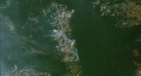 صور مرعبة تُظهر الآثار السلبية لحرائق الأمازون
