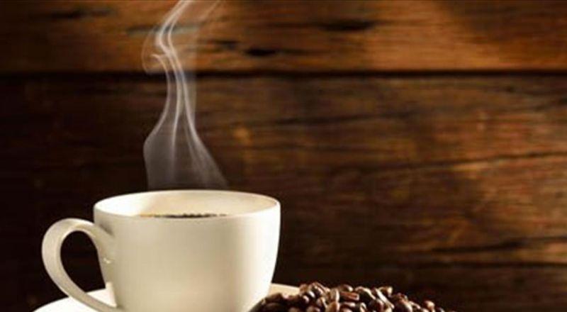 لا تتخلصوا من تفل القهوة بعد شربها.. فائدته كبيرة