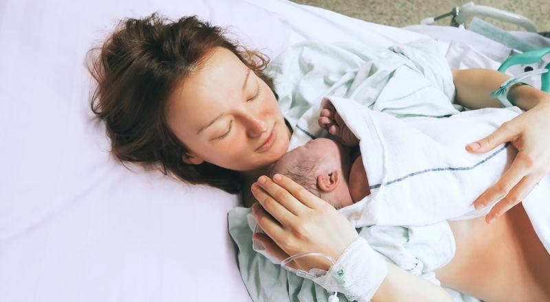 13 معلومة عن الولادة تخبرك بها القابلات