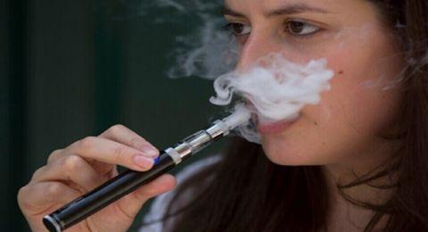 كيف يشكل التدخين الإلكتروني أثناء الحمل خطرا على الأجنة