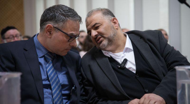 أزمة في الكنيست .. هل خدم منصور عباس نتنياهو؟