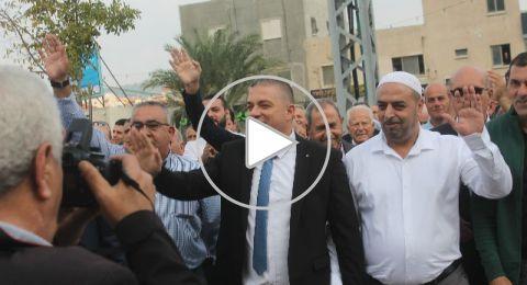 سخنين: بمشهد غير مألوف،د. صفوت أبوريا يتسلم إدارة البلدية في احتفال جماهيري