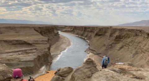 اكتشاف نهر جديد قرب البحر الميت