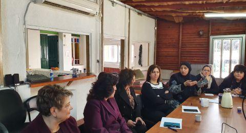 ضمن دورة خاصة: ناشطات نصراويات يقدّمن توصيات إلى الإعلام المحلي لتحسين تغطية النساء