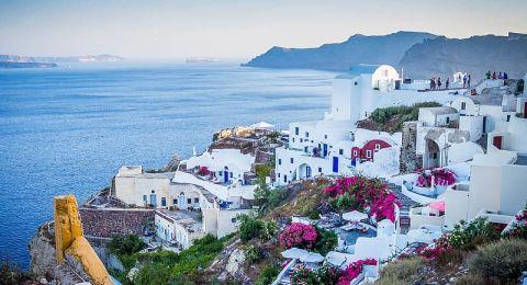 أماكن يجب عليك زيارتها لشهر عسل خيالي في اليونان!