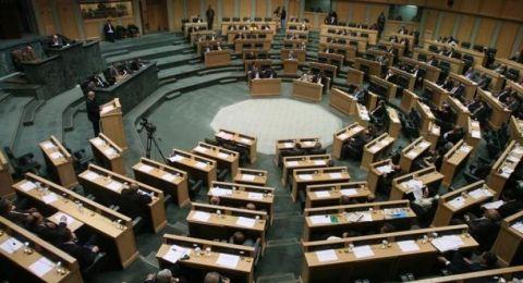 البرلمان الأردني يوافق بالأغلبية على منع استيراد الغاز من إسرائيل