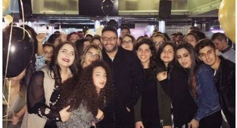 خمنوا كم أصبح عمره .. زياد برجي يحتفل بعيد ميلاده مع معجبيه