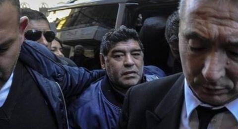 الشرطة الأرجنتينية تعتقل الأسطورة مارادونا