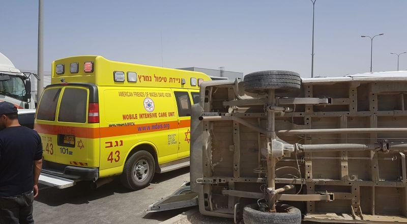 7 إصابات بحادث طرق في النقب