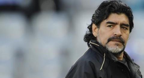 مارادونا يقاضي زوجته السابقة بسبب سرقة أمواله
