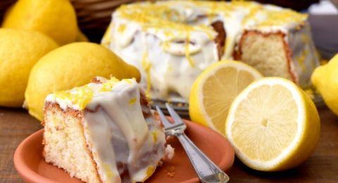 كعكة  الاسفنجية بنكهة الليمون