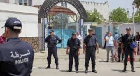 شرطي جزائري يقتل  زوجته ووالدها ووالدتها وأخيها..والسبب..