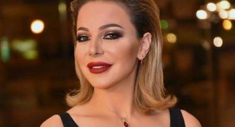 ترامب يبعد الممثلة السورية سوزان نجم الدين عن أولادها في العيد!