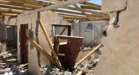 بلدية القدس تجبر عائلتين مقدسيتين على هدم منزل و