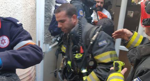 طبريا: تخليص 20 عالقًا من بناية بعد اندلاع حريق هائل